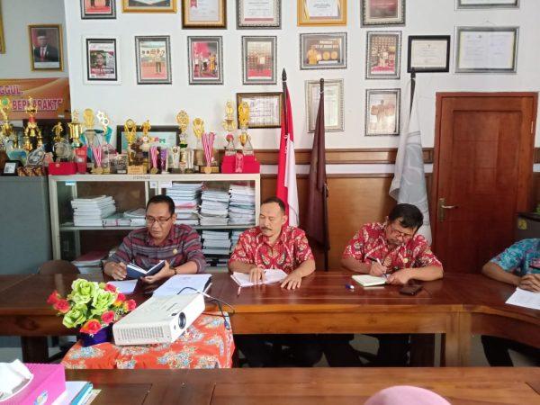 Rapat Koordinasi GTT Bersama Waka Kurikulum dan Kepala Sekolah